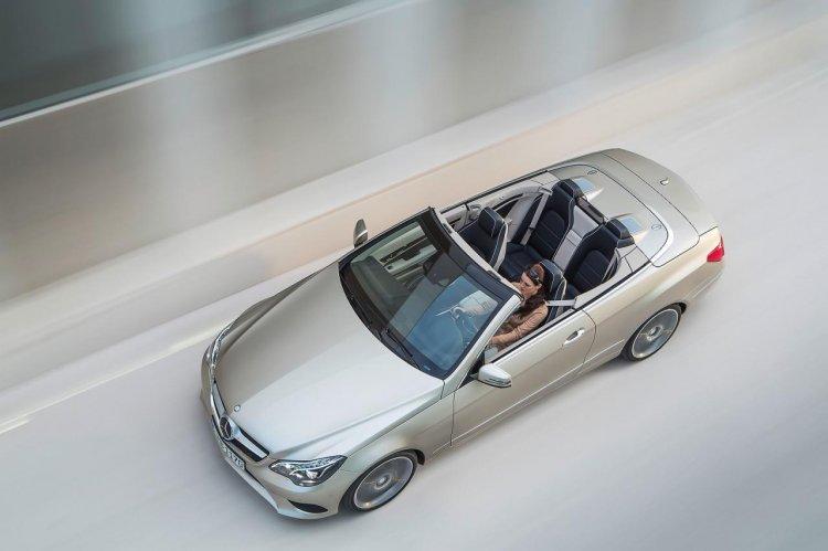 Mercedes E-Class Cabriolet top view