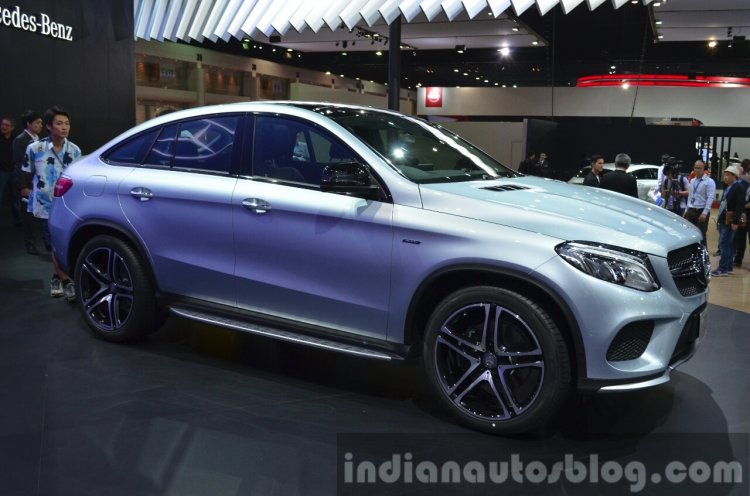 Mercedes GLE Coupe front three quarter at the 2015 Bangkok Motor Show