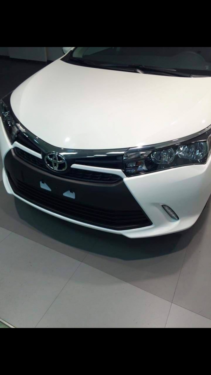 Toyota Corolla Altis facelift front-end spyshot