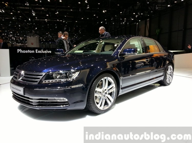 VW Phaeton Exclusive Edition front quarter at 2015 Geneva Motor Show
