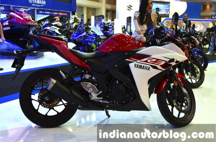 Yamaha YZF-R3 side at 2015 Bangkok Motor Show