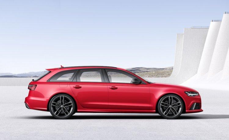 2015 Audi RS6 Avant side