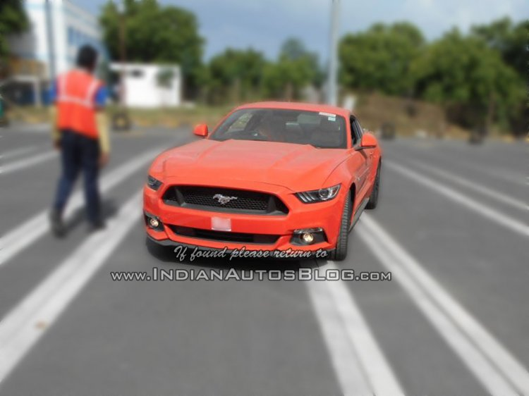 2015 Ford Mustang GT front spied India