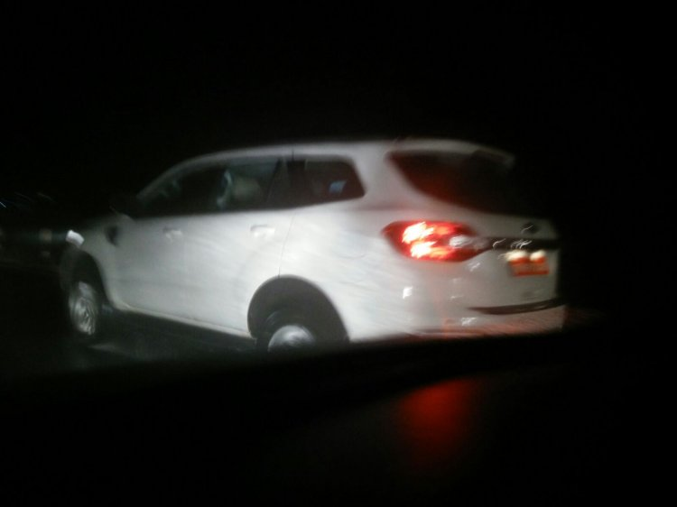 2015 Ford Endeavour spied testing in Chennai India at night