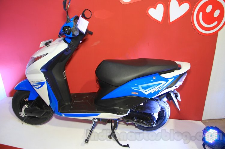 2015 Honda Dio side left at 2015 Nepal Auto Show
