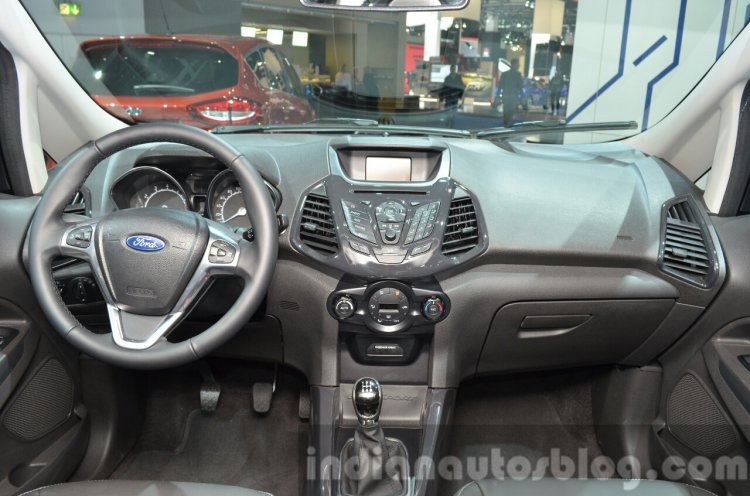 2016 Ford EcoSport S dashboard at IAA 2015