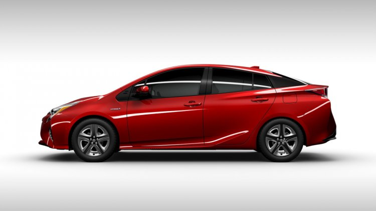 2016 Toyota Prius red side view North American specification official image