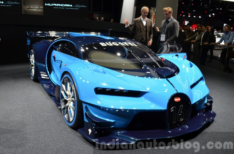 Bugatti Vision GT front quarter at the IAA 2015
