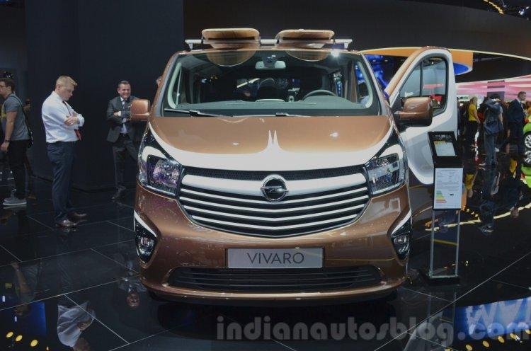 Opel Vivaro Surf Concept front at IAA 2015