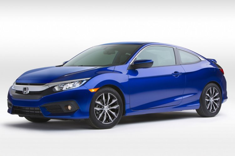 2016 Honda Civic Coupe front three quarter revealed