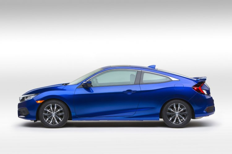 2016 Honda Civic Coupe side (1) revealed