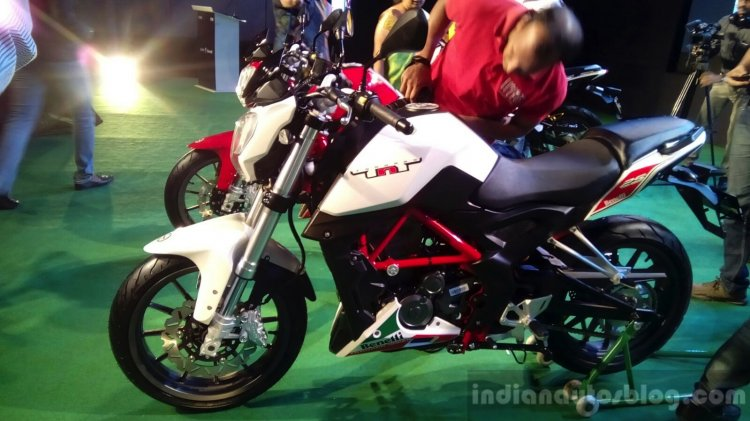 DSK Benelli TNT 25 side launched in India