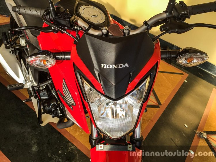 Honda CB Hornet 160R launched head lamp