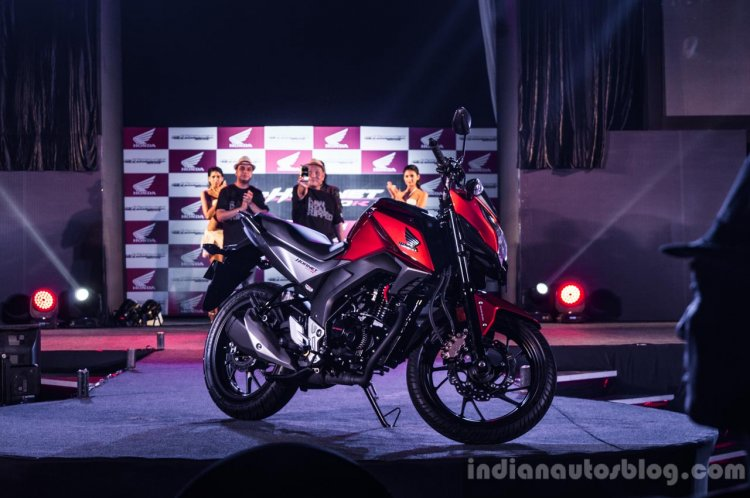 Honda CB Hornet 160R wallpaper launch