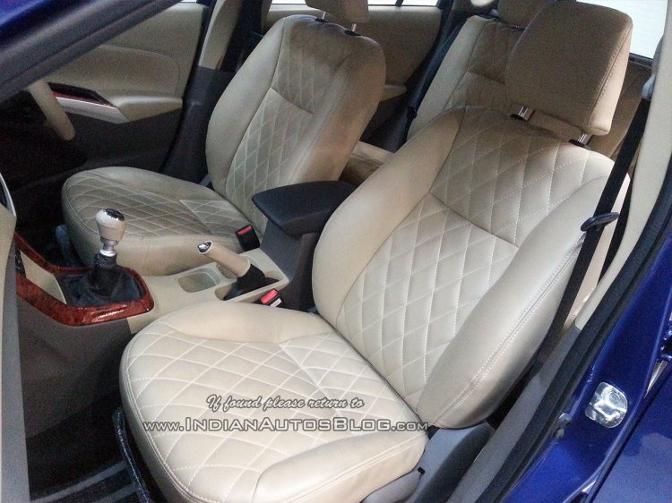 Maruti S-Cross Beige Interiors (6)