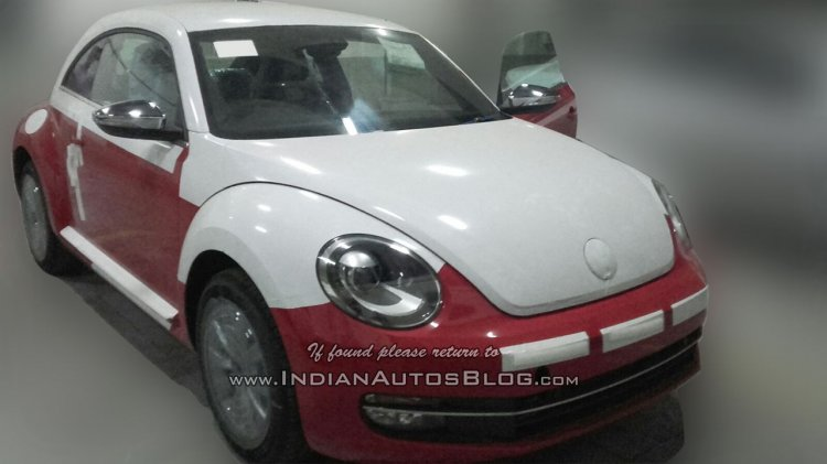 New VW Beetle front at an Indian dealerships