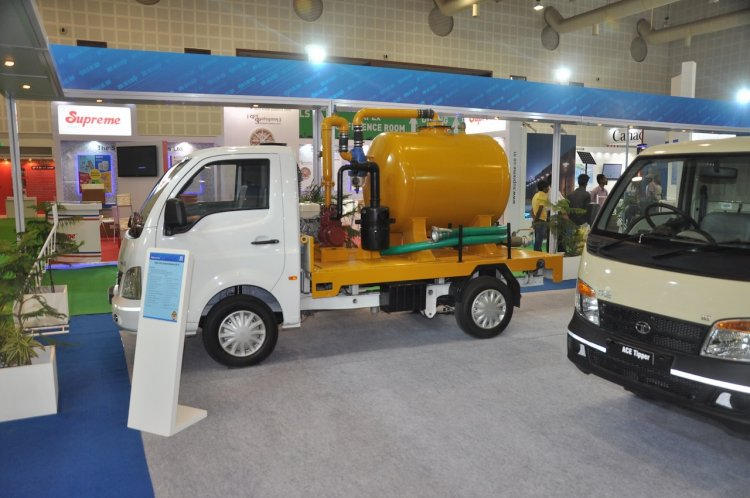 Tata Super Ace Suction Machine BS III at Municipalika 2015
