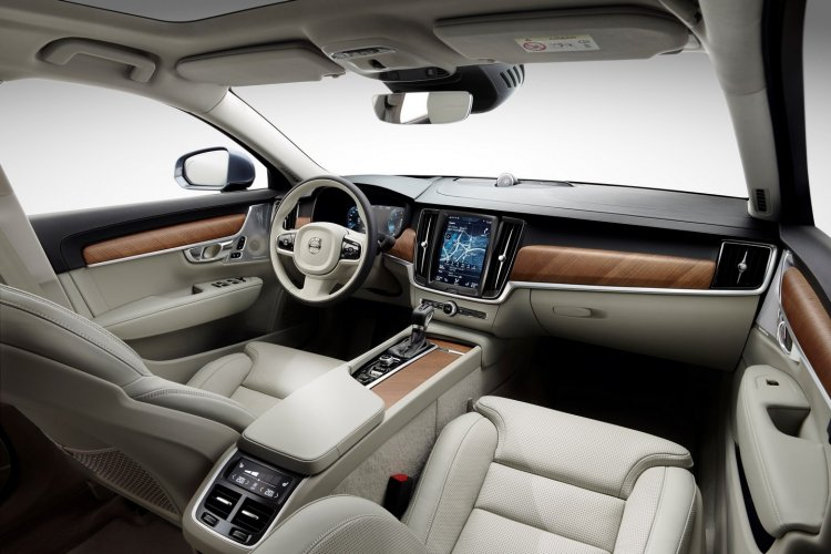Volvo S90 interior unveiled