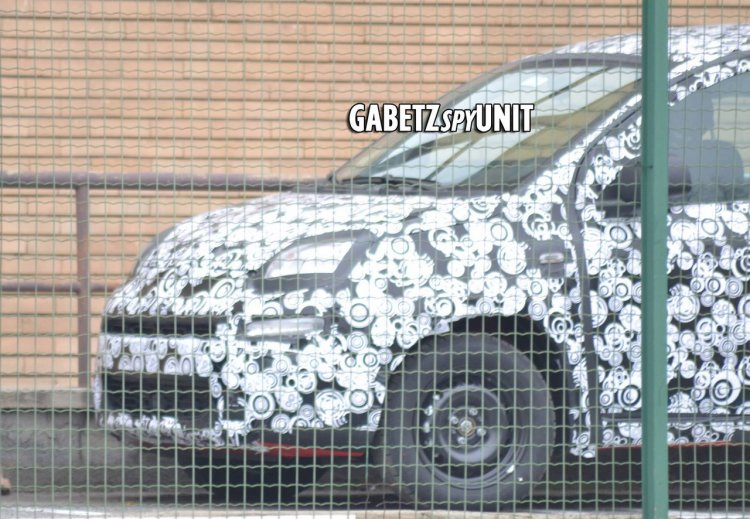 2016 Fiat Tipo front fascia spied