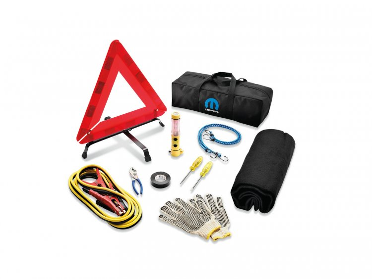 Mopar accessories emergency tool kit for Chrysler Pacifica revealed