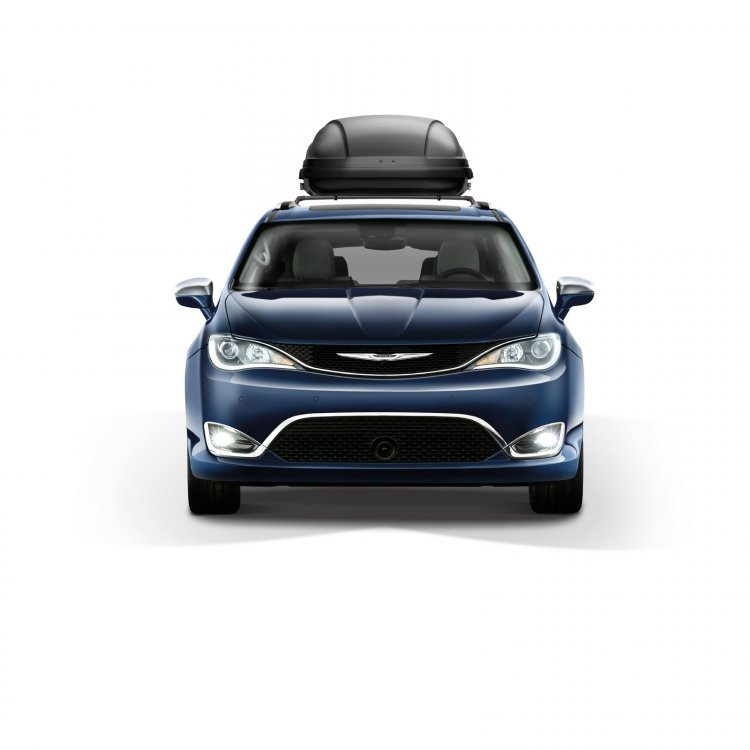 Mopar accessories roof box for Chrysler Pacifica revealed
