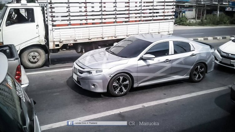 2016 Honda Civic Thailand spy shot