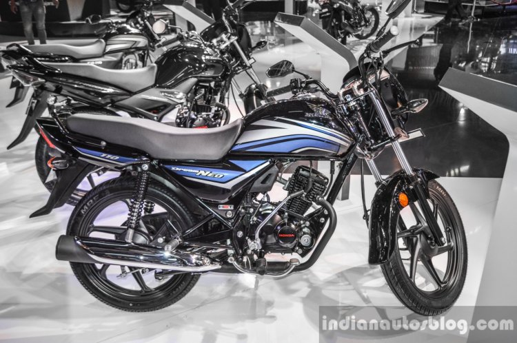 2016 Honda Dream Neo side at Auto Expo 2016