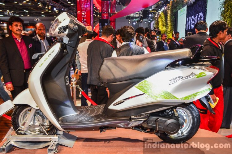 Hero Duet-E side at the Auto Expo 2016