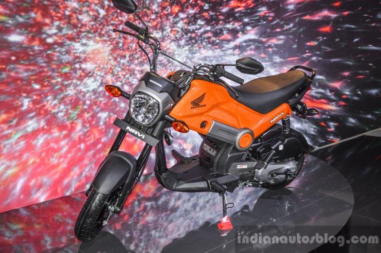 Honda Navi Sparky Orange front quarter at Auto Expo 2016