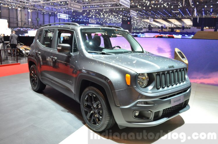 Jeep Renegade Dawn of Justice Special Edition front three quarter at the Geneva Motor Show Live