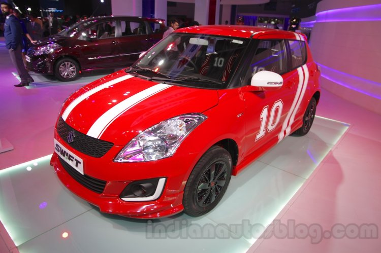 Maruti Swift Limited Edition front quarter at Auto Expo 2016