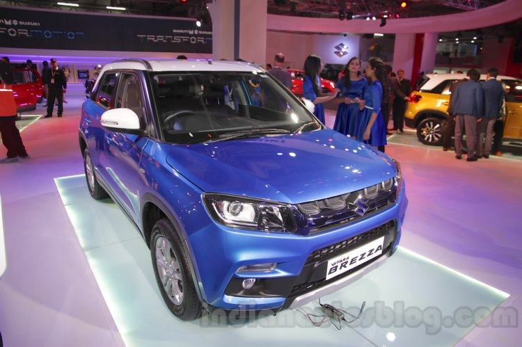 Maruti Vitara Brezza front three quarters left at the 2016 Auto Expo