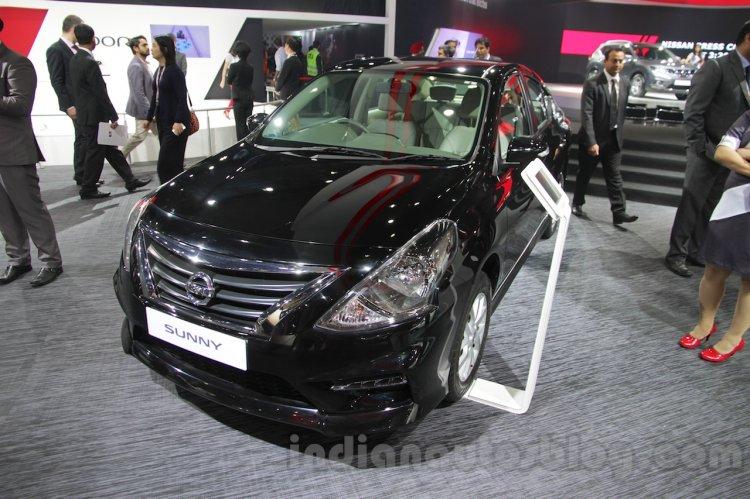 Nissan Sunny Sportech at 2016 Auto Expo