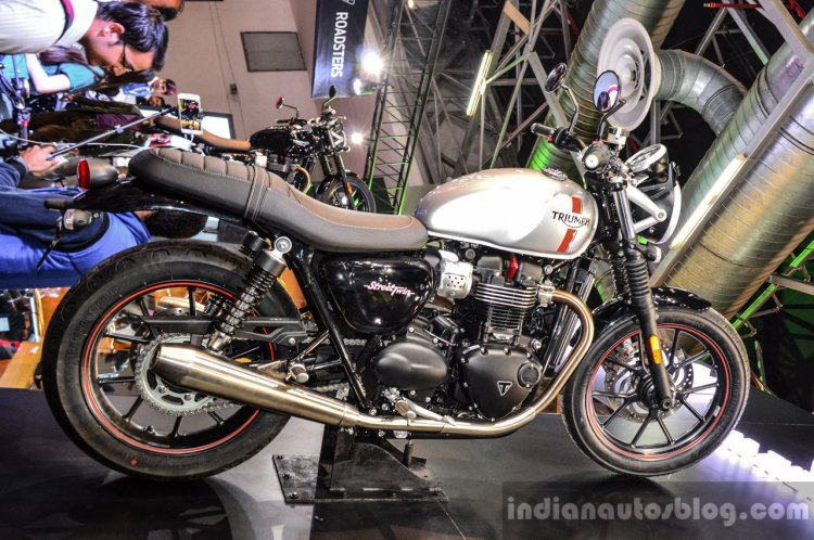 Triumph Bonneville Street Twin Silver side at Auto Expo 2016