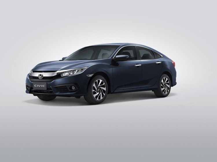 ASEAN-spec 2016 Honda Civic front three quarters