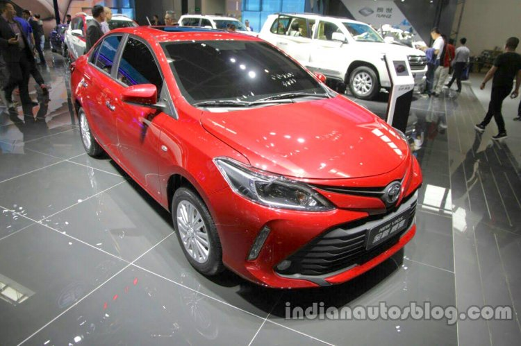 2016 Toyota Vios (facelift) front quarter at the Auto China 2016
