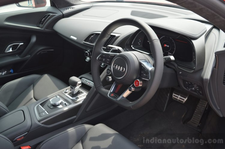 2016 Audi R8 V10 Plus interior first drive