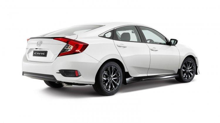 2016 Honda Civic Black Pack rear