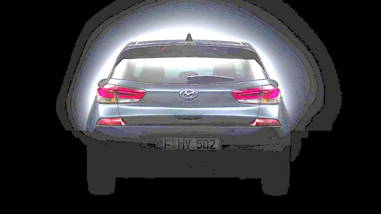 2017 Hyundai i30 rear teased