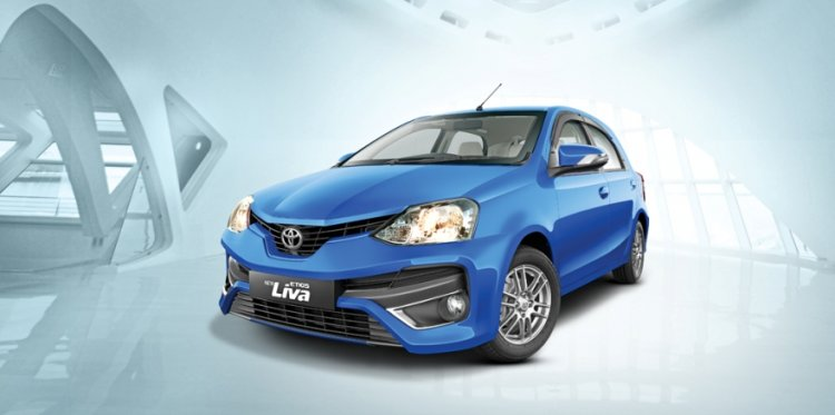 new-etios-liva-facelift-front-three-quarter-launched