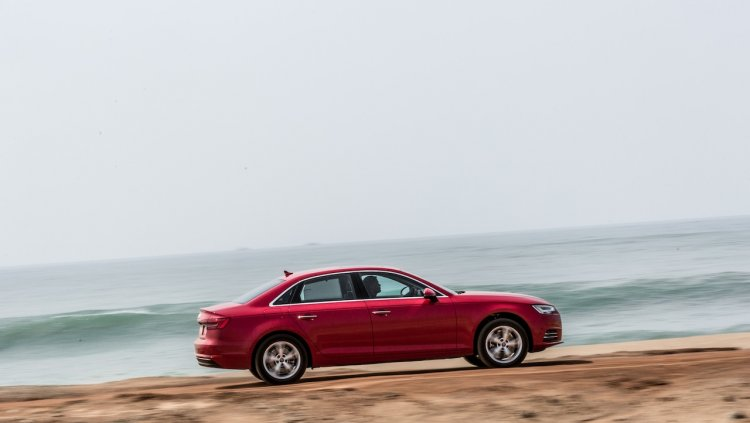2016 Audi A4 side Review
