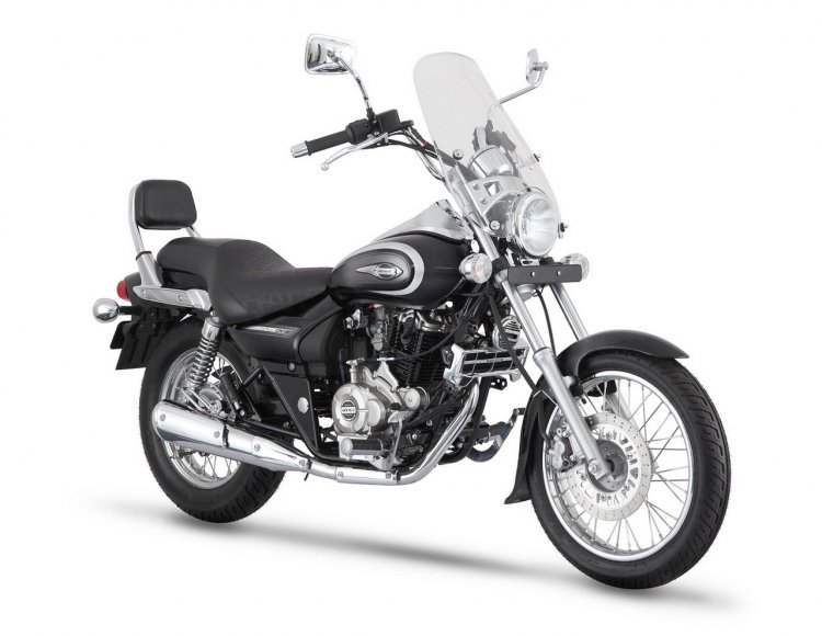 Bajaj Avenger Cruise 220 front three quarters