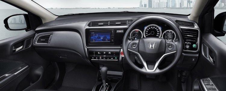 2017 Honda City (facelift) dashboard Thailand