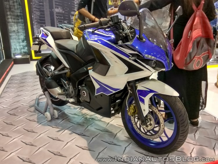 Bajaj Pulsar RS200 Blue front three quarter right