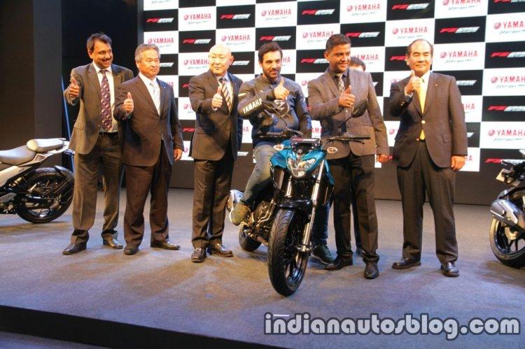 Yamaha FZ 25 launch cover