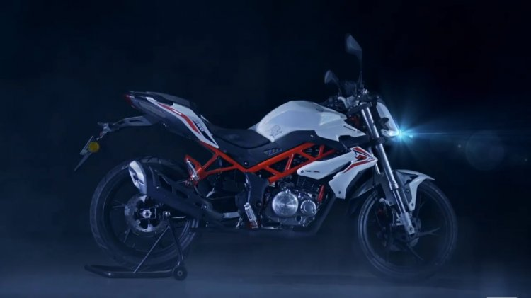 Benelli TNT 15 2017 edition side