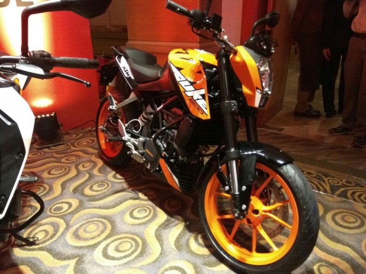 KTM Duke 200 India launch orange