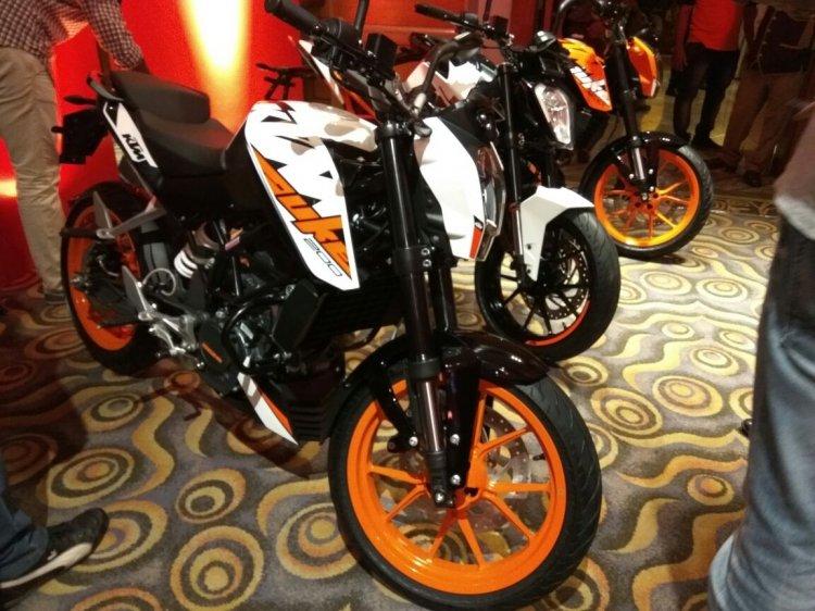 KTM Duke 200 India launch white
