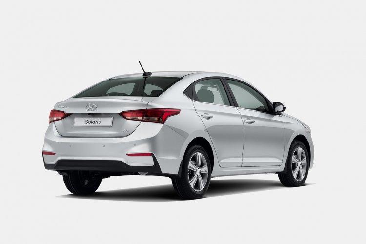 Next-gen 2017 Hyundai Solaris (2017 Hyundai Verna) rear quarter revealed