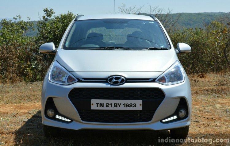 2017 Hyundai Grand i10 1.2 Diesel (facelift) headlamp, grille bumper Review